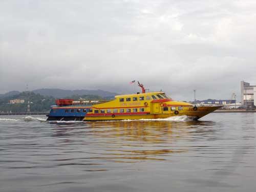 Ferry Lumut-Pangkor Duta